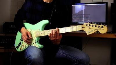 Fender American Performer Stratocaster HSS MN